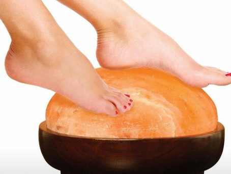 The Benefits of Himalayan Dome Hand & Foot Detoxer Lamp