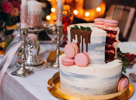 3 Reasons why go with Red Velvet Wedding Cake