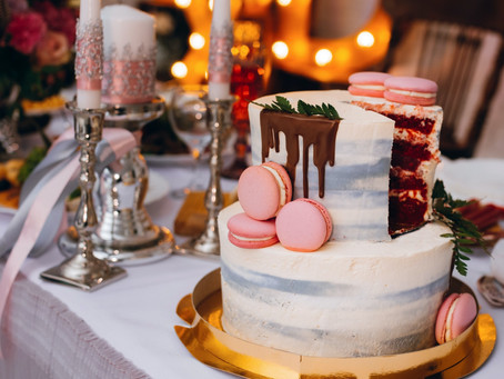 3 Reasons why go with Red Velvet Wedding Cake