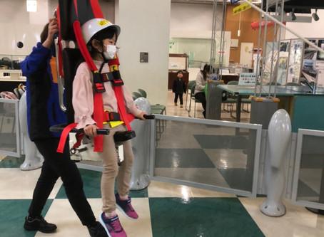 かっぱを着て科学博物館に行ってまいりました。