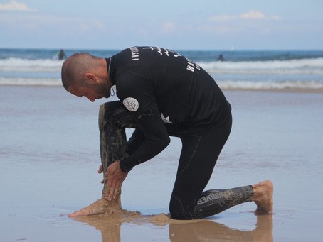 How to take off sea weeds from your wetsuit?