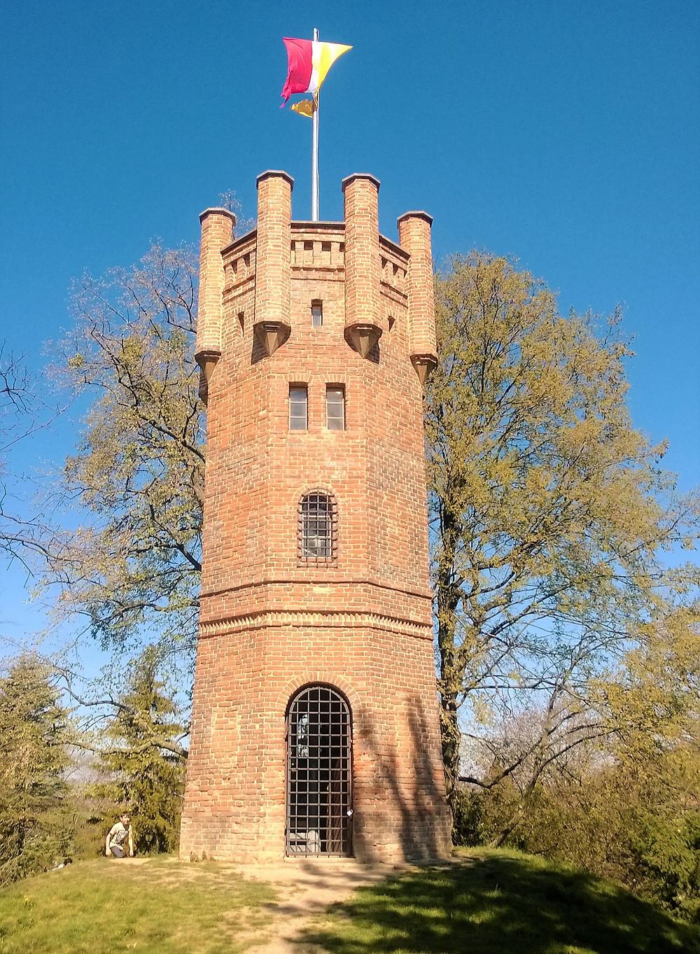 Rozhledna Červená věž v Čechách pod Kosířem