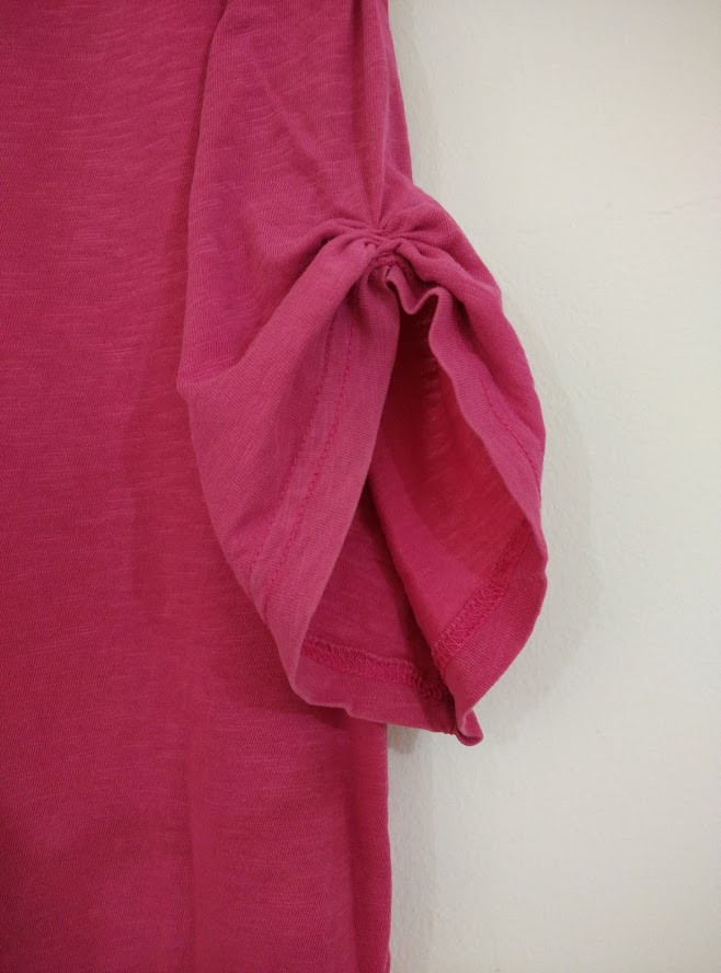 Gathered ruched sleeve