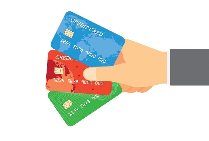 Bloqueio de documentos e cartões de crédito de inadimplente