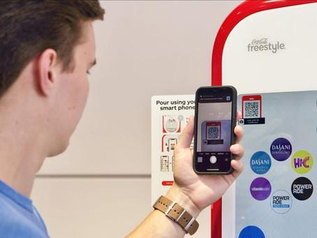 Coca-Cola lança máquina de refrigerante sem contato físico