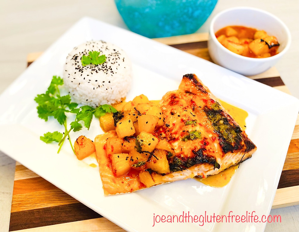 Delicious and easy to make baked salmon with a sweet and spicy pineapple sauce!