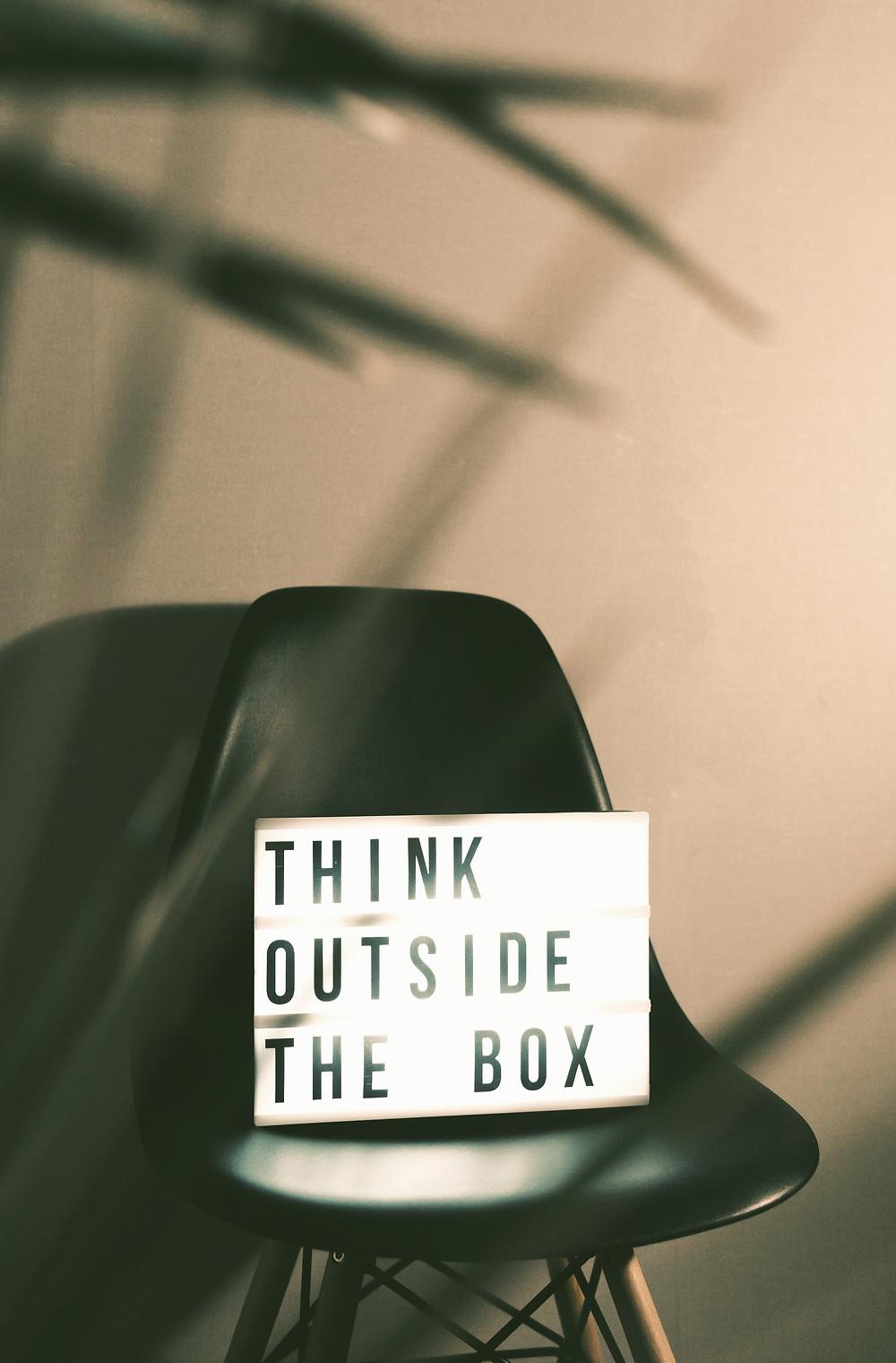 Prendre l'habitude de penser hors du cadre pour retrouver de la créativité