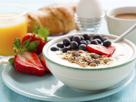 "Healthline: ""Does Yogurt (or the Yogurt Diet) Aid Weight Loss?"""