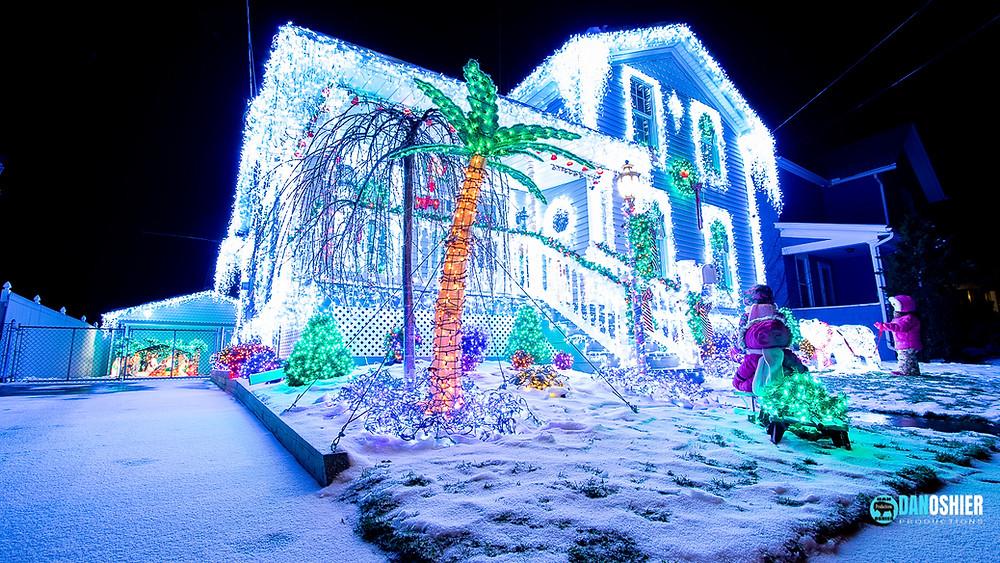 Amazing Light Display Creates a Magic Winter Glow | Holiday & Christmas Light Displays of Western New York
