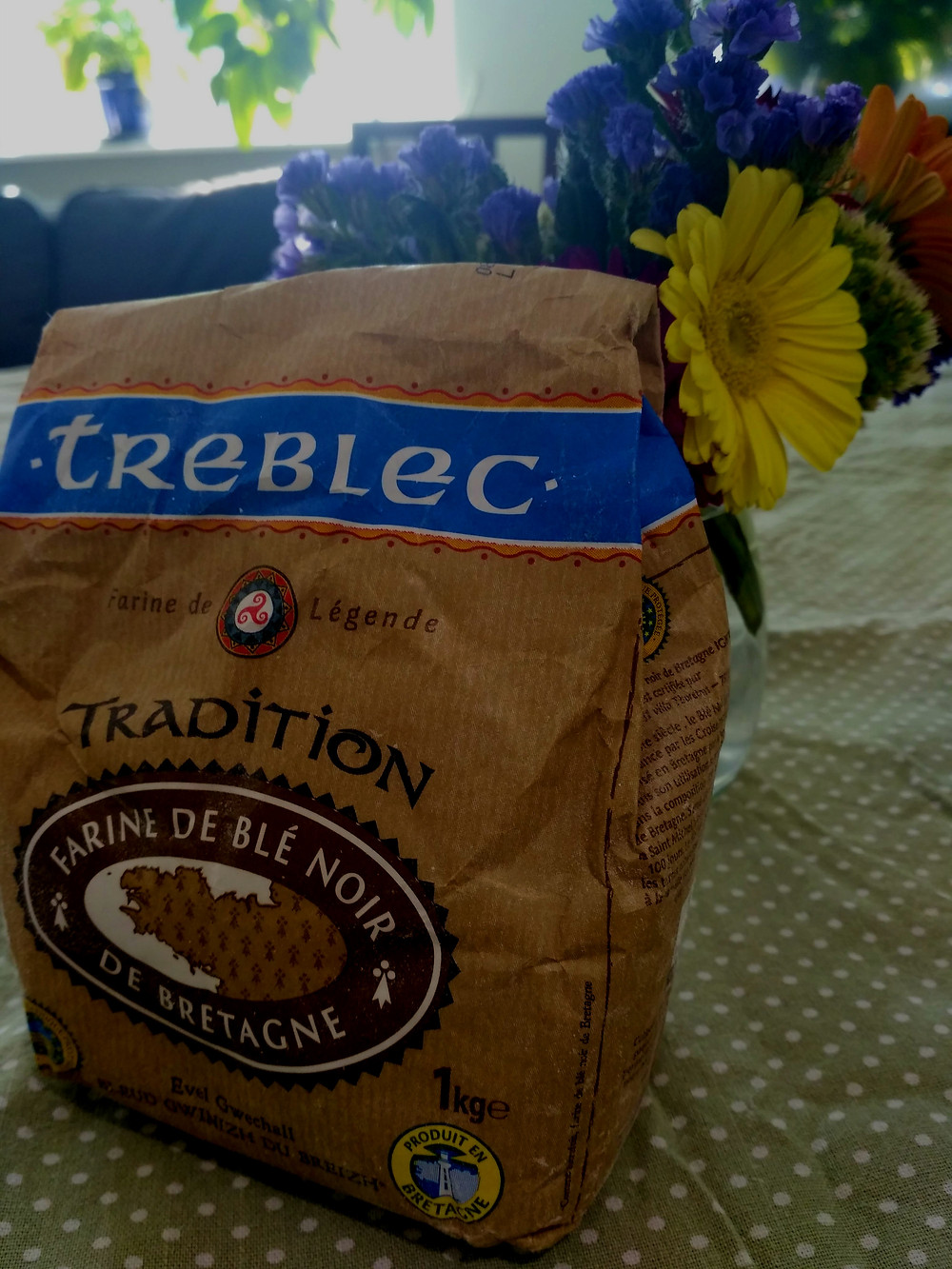 A picture of a packet of French buckwheat flour