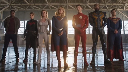 ¿Crisis en Tierras Infinitas repercutirá en la película de Flash?