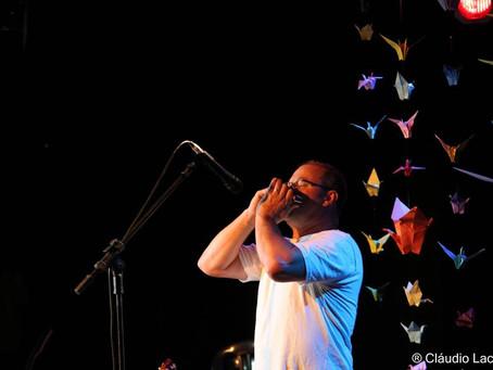Assista o músico e  compositor Maurício Marcucci na festa beneficente da Boaçãonaria.