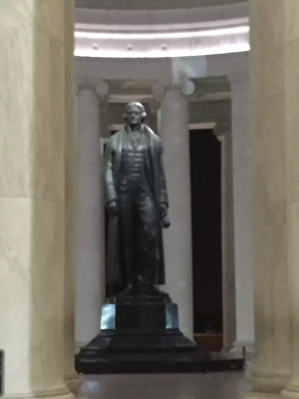 Statue of Thomas Jefferson in the Jefferson Memorial