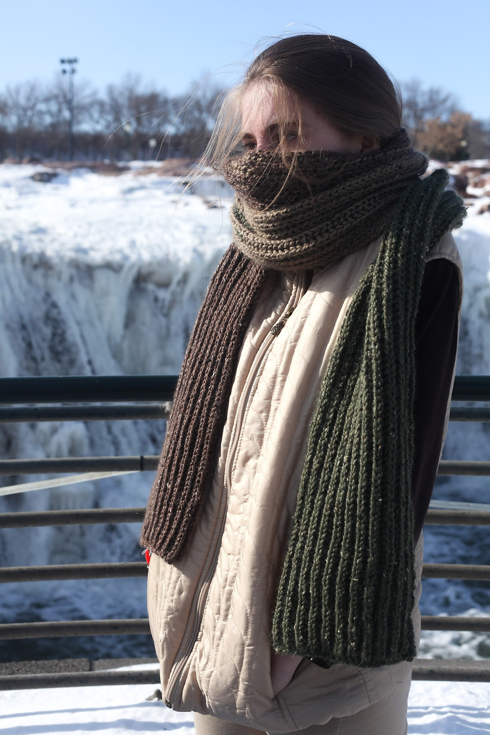 In the Basic Brioche Knitting Class, students will learn all the skills needed to knit my Giant Color Shift Brioche Scarf pattern