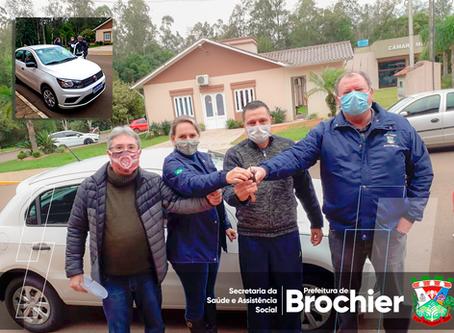 Prefeitura de Brochier adquire veículo para reforçar ações da saúde no município.