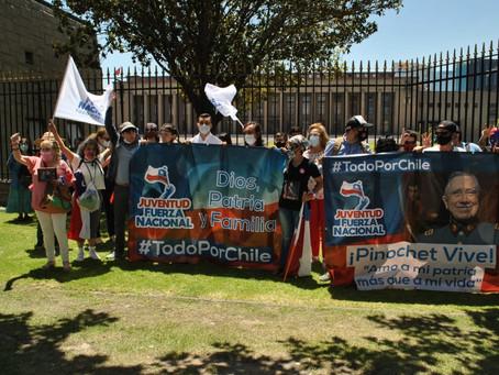 Juventud Fuerza Nacional conmemora el natalicio del Presidente Pinochet