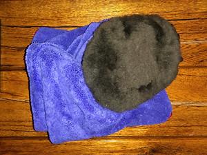 Big blue drying towel and lambs wool wash mitt.