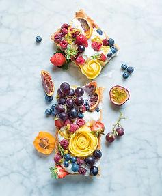 """Skonių ir pojūčių """"bomba"""": tartas su ledais ir vaisiais"""
