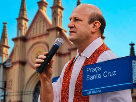 Praça Santa Cruz receberá complemento no nome em homenagem a Padre Afonso
