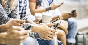 Pesquisadores estudam efeitos do uso de smartphones em relacionamentos pessoais