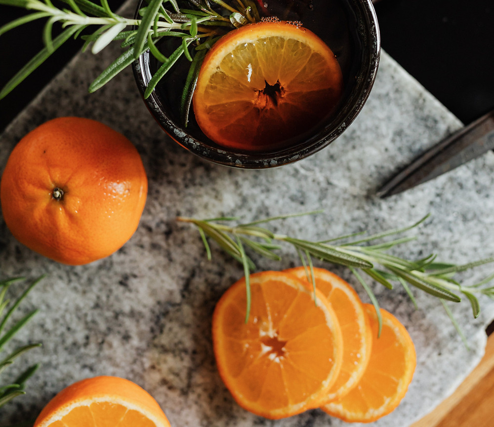 Oranges rosemary vitamin C kitchen, What does vitamin C do for your skin