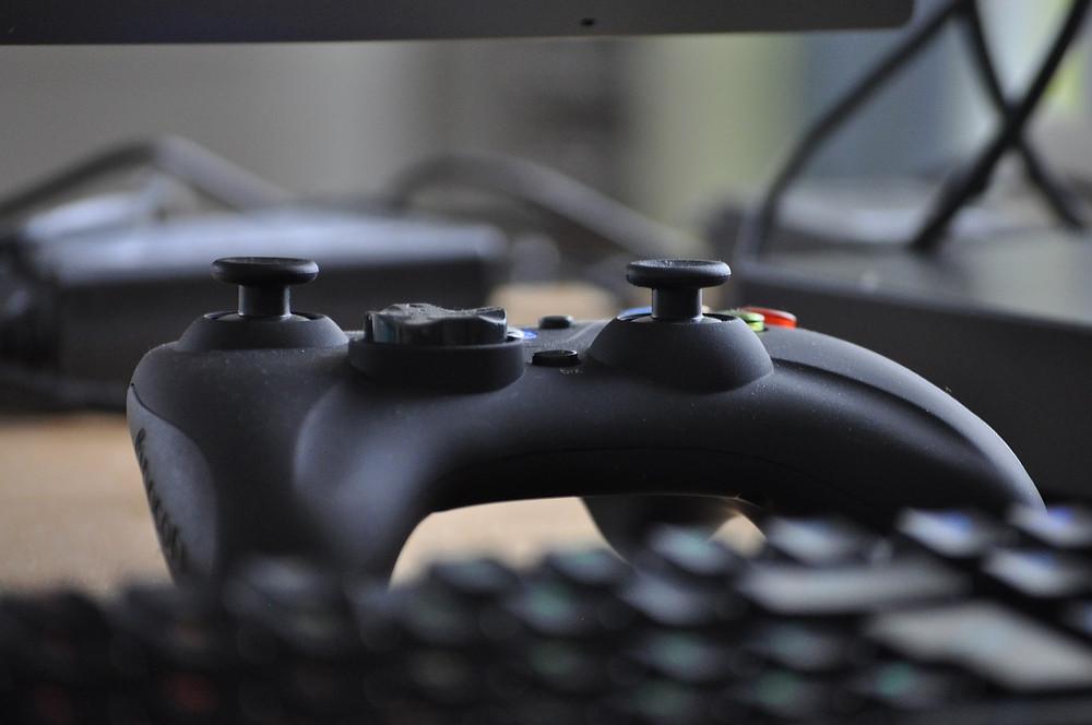 juego, simluación, gamer, sé el jefe, hectorrc.com