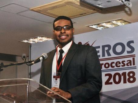 Miguel, joven caribeño sobresale en debate iberamericano sobre la JEP