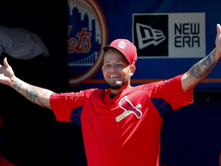 27 Times Yadier Molina Was Relatable Enough To Be Your Spirit Animal's Patronus