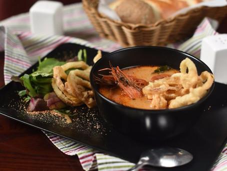 Малазийский острый суп с креветкой Лакса.