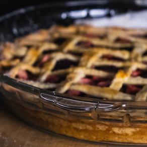 Classic Rhubarb Pie