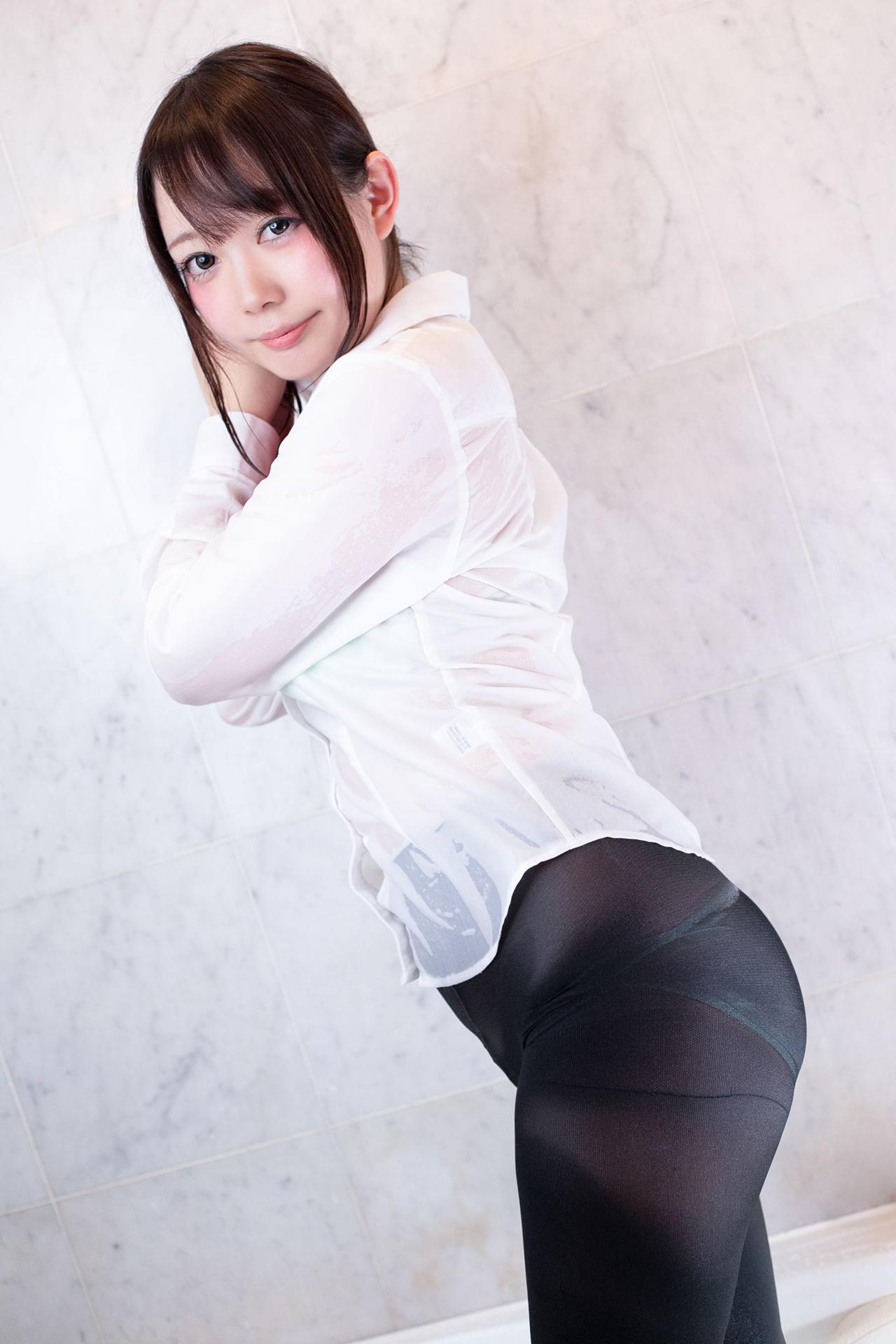 46——(C95)[prprDrop's(穂南しずく)]tightsな彼女 [156P|146M ]