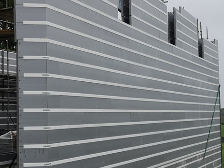 R-WALL can be built in all weathers!