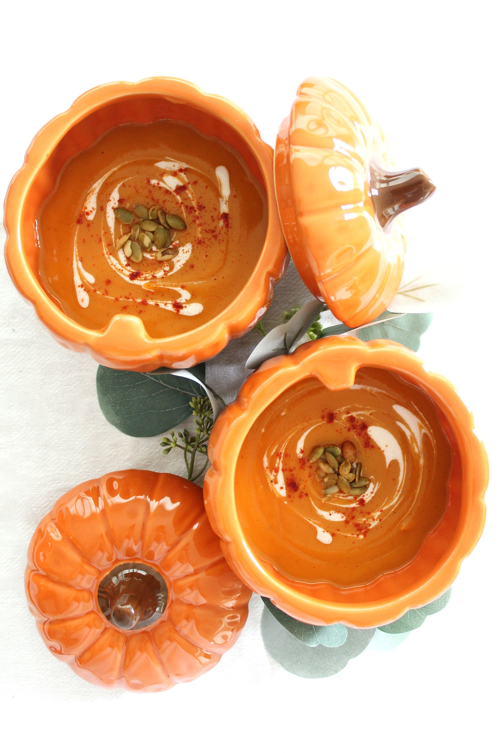 A delicious fall soup made with yams, cream, paprika and toasted sunflower seeds. Curl up with this delicious autumnal soup. The recipe is quick, easy and delicious and is perfect for meal prepping. Try this autumnal soup recipe today! #fallsoup #deliciousfallrecipe #fallrecipe
