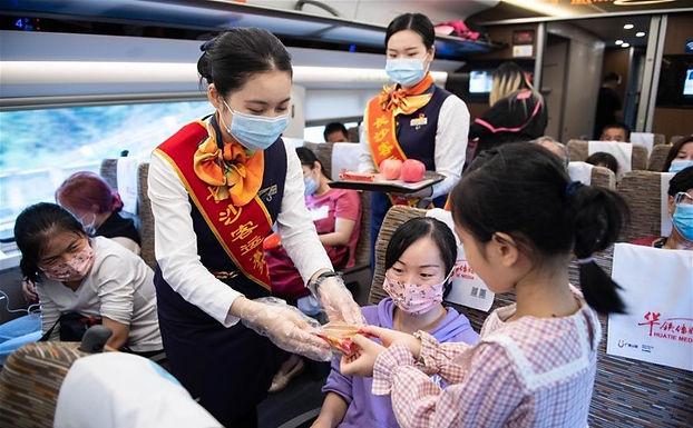 วันหยุดจีนช่วง Golden Week ช่วยเศรษฐกิจชาติเพื่อนบ้าน