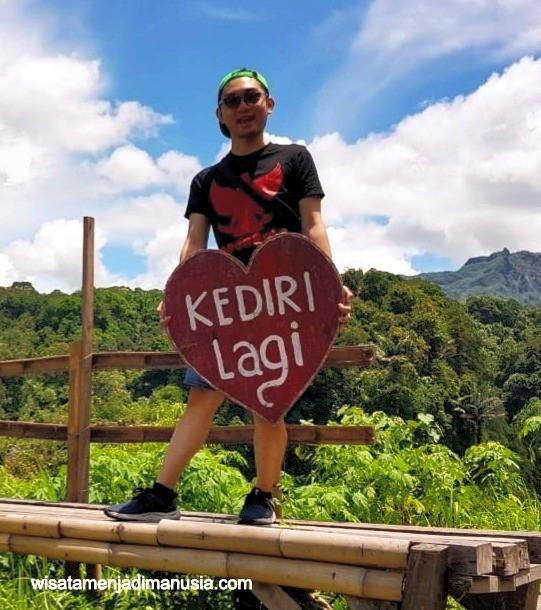 Selfie di Wisata Gunung Kelud