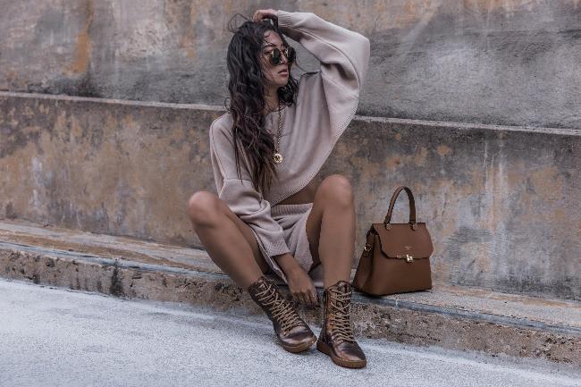 Does Your Taste in Handbags Reflect Your Taste in Loans?