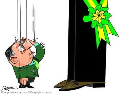 Povo chileno dá um basta e decide enterrar a constituição de Pinochet e fazer uma nova.