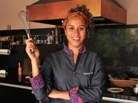 Arroz condimentado de Porquinho com Bisteca Suína e Ovo Estrelado - por Chef Naiara Faria