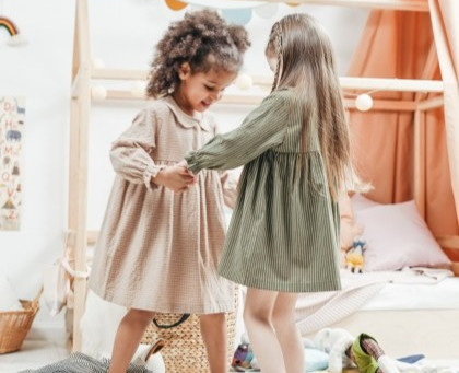 Teach Your Daughter These 10  Qualities of a Good Friend