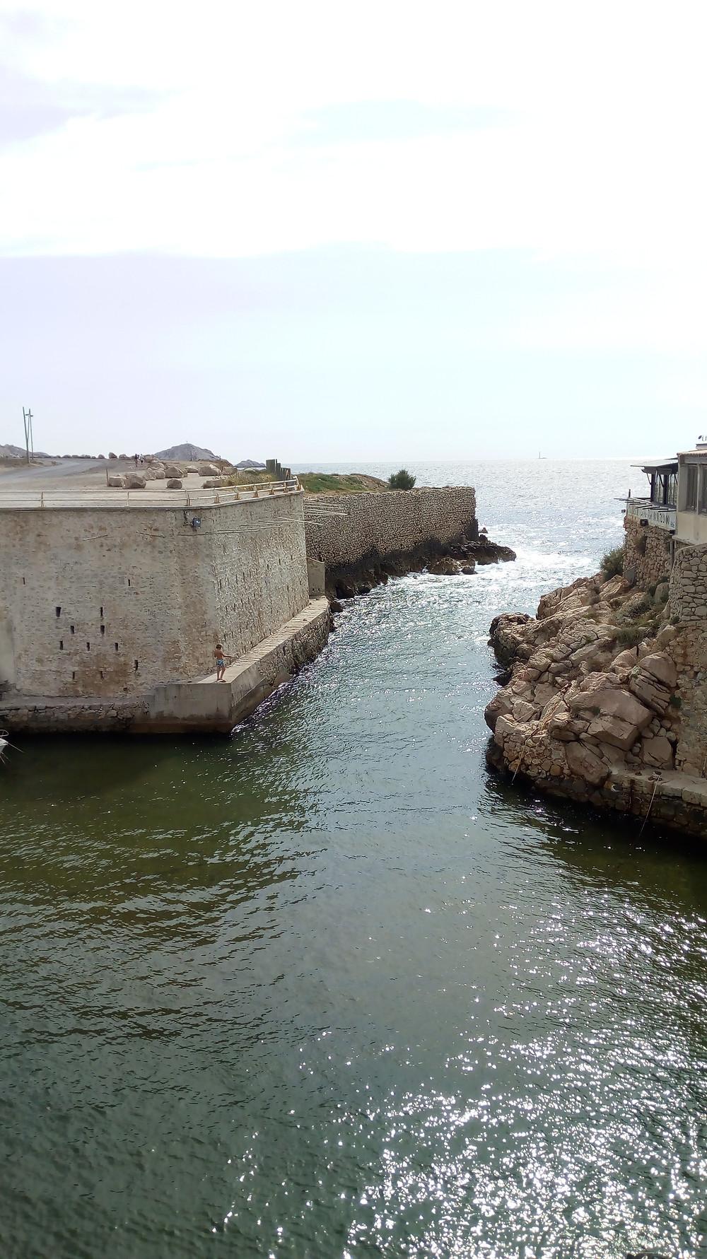 Calanque et Port de l'Escalette
