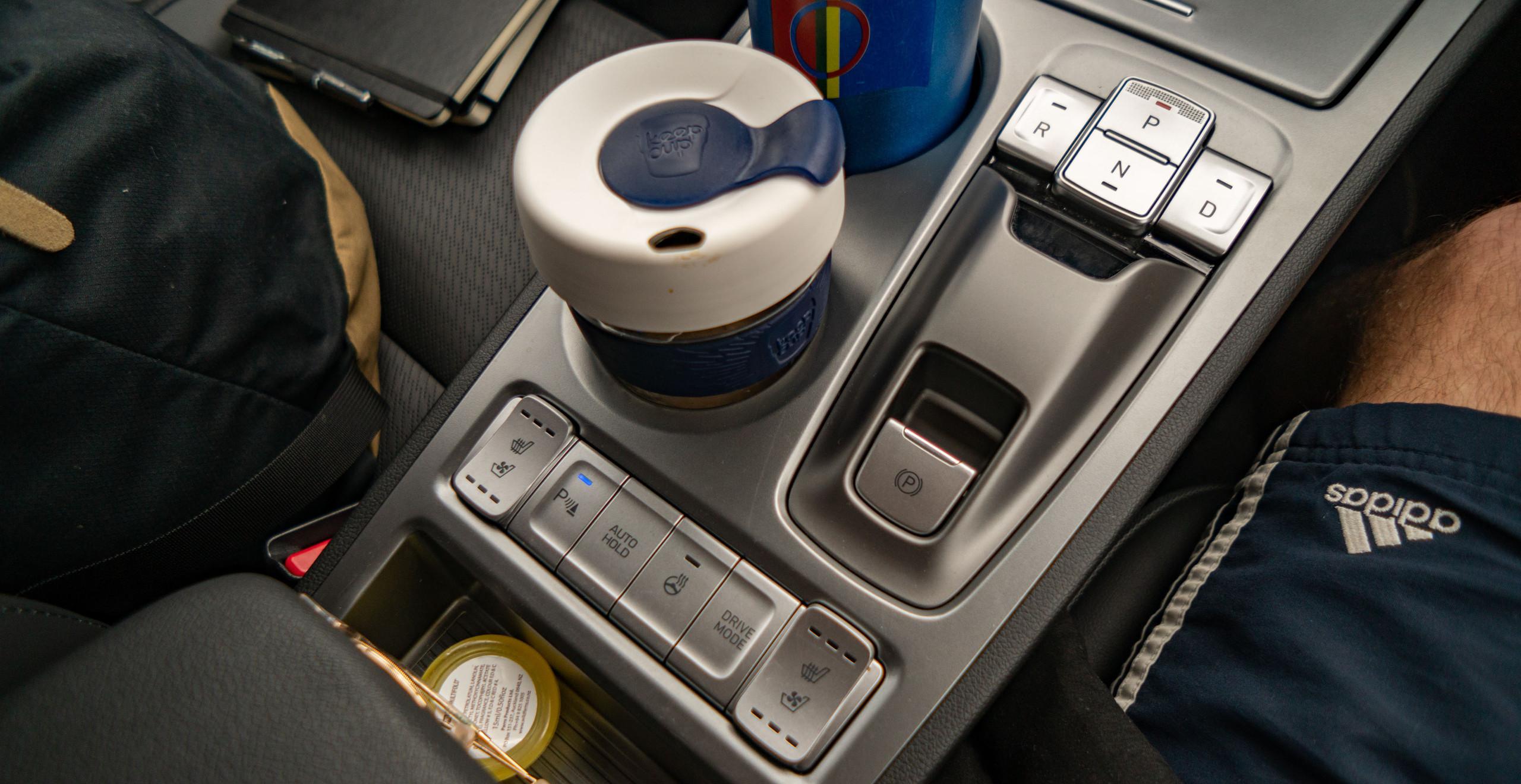 Hyundai Kona Electric 2019 interior switches buttons