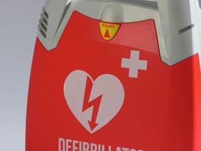 Tous nos véhicules sont équipés d'un défibrillateur!