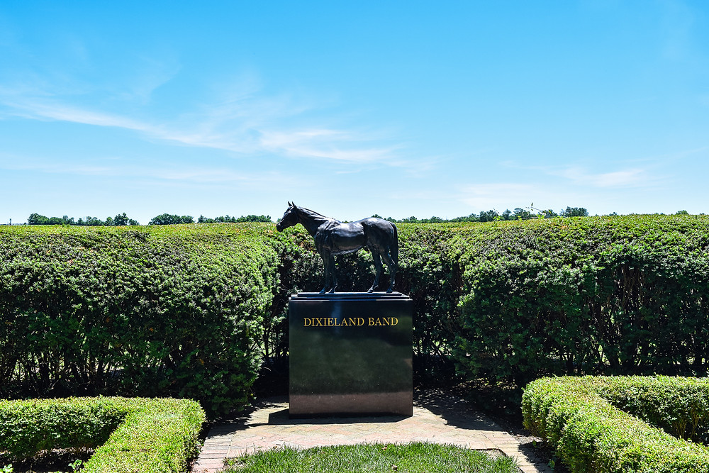 Statue of Thoroughbred Stallion Dixieland Band at Lane's End Farm.
