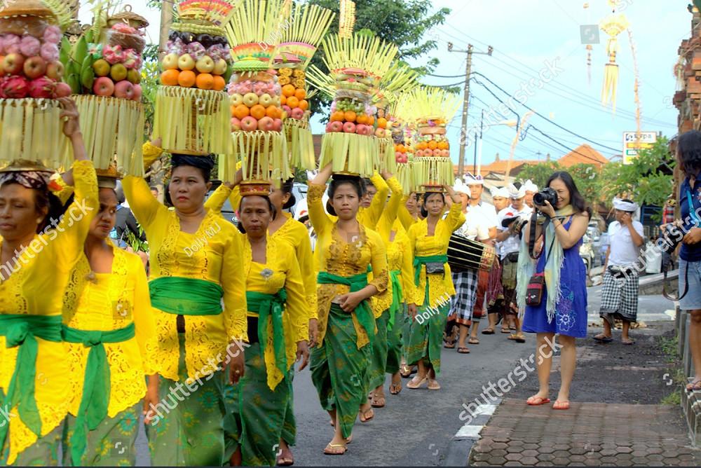 Bali ceremony in front of private villa for sale