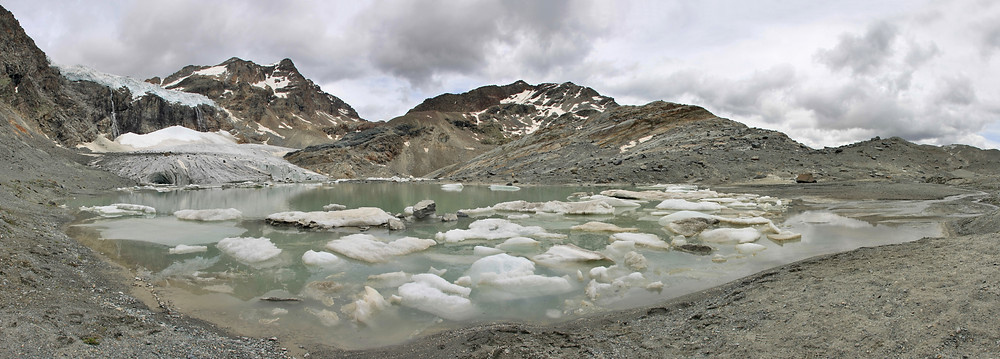 fonte des glaciers. glaciers himalaya. réchauffement climatique