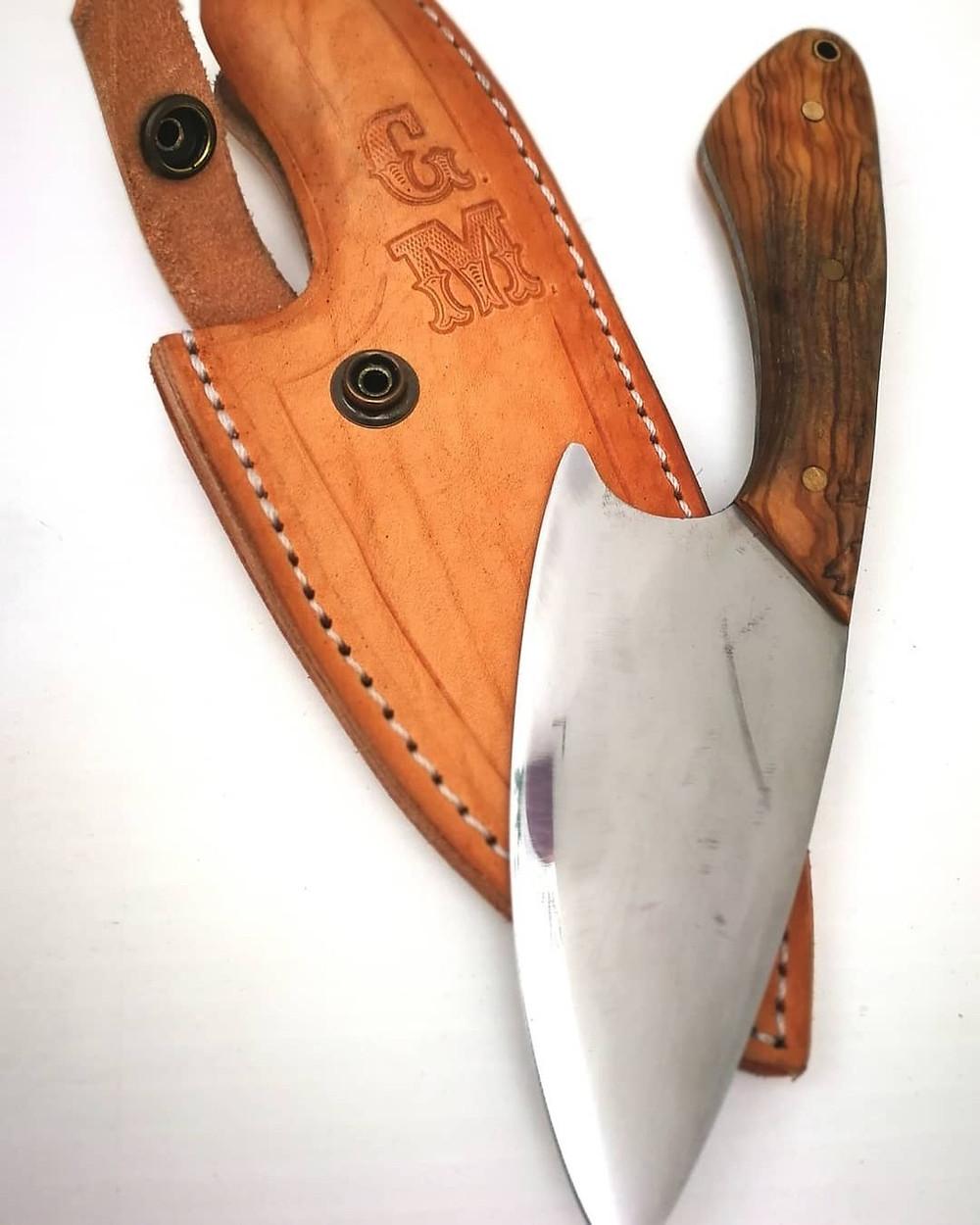 Cuchillo y Funda hechos a mano por Francis Martín.