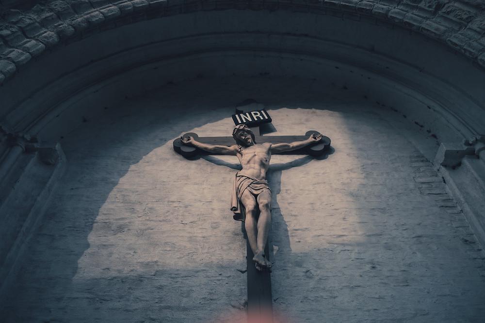 Photo of statue of Jesus on cross Thuong Do on Unsplash