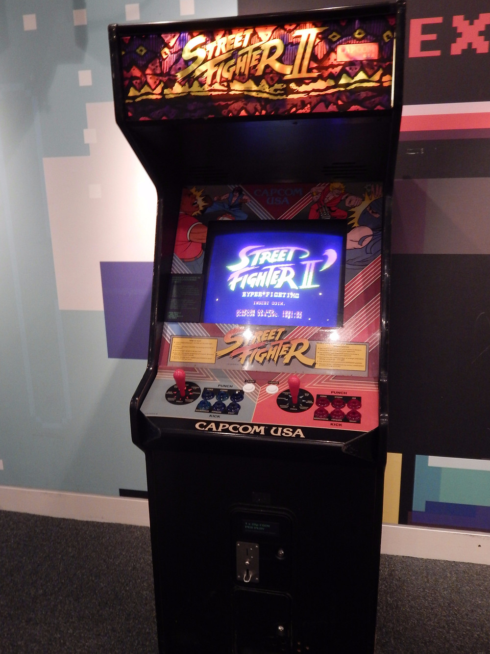 Street Fighter 2 coin op arcade cabinet
