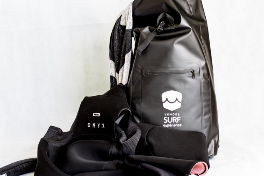 Dry backpack IONproducts Vendeesurfexperience