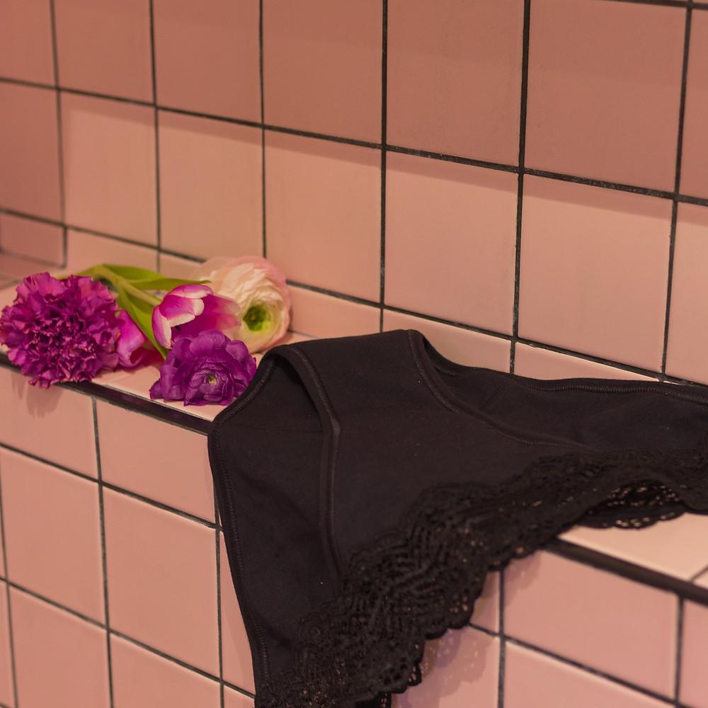 Culotte menstruelle qui sèche après lavage